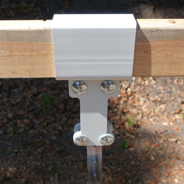 front view of 2x4 t post mounting system